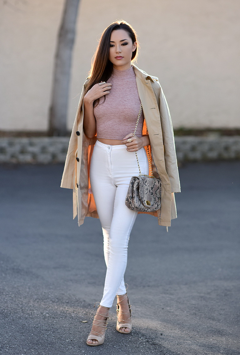 6.-High-Waist-Denim-Jeans-With-Knitted-Crop-Top