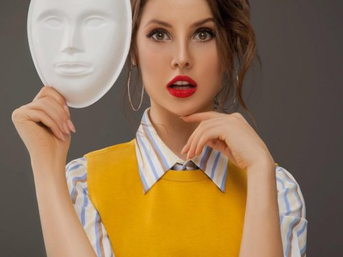 All You Need To Know About Amanda Cerny, Her Mask Bidding and Social Media