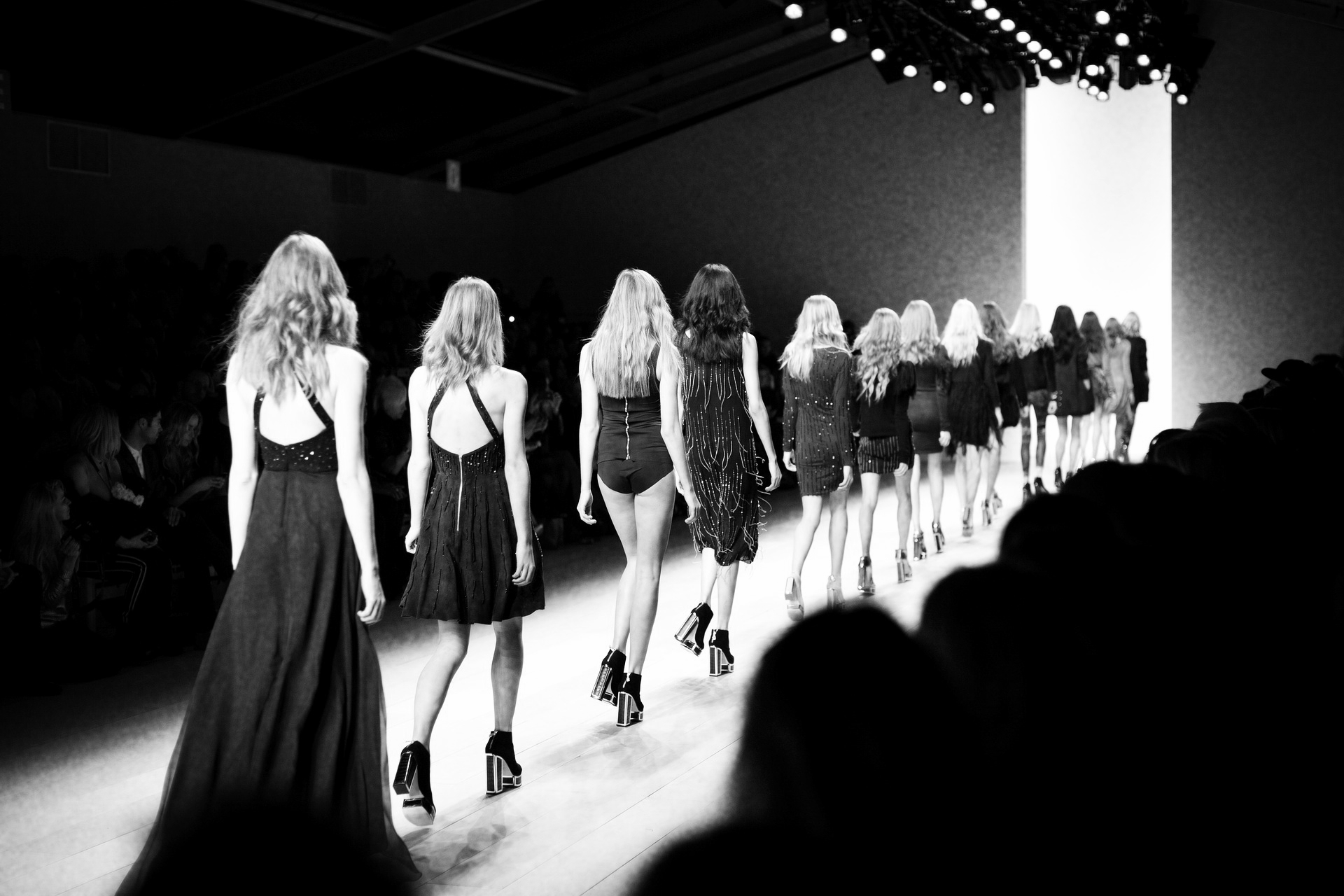 fashion week, nyfw, new york, london, fashion style, style, fashion show, ramp walk, she thequeen, she thequeen magazine